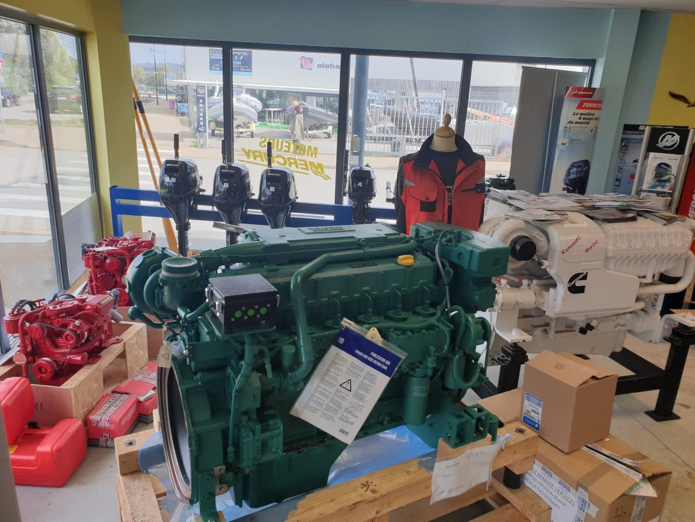 Occasion bateau plaisance et moteur Brest Marine Services - Concessionnaire moteur